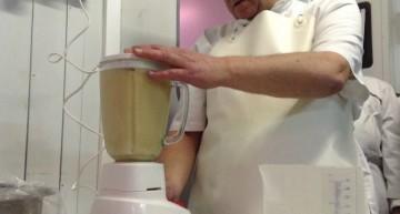 Emulsonem el foie amb aigua tèbia pq no se'ns fongui
